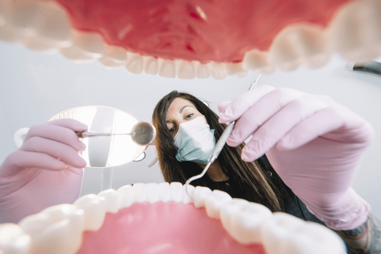 Pros And Cons Of Being A Dental Hygienist